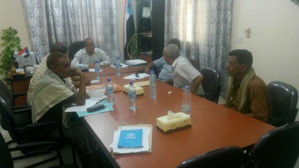 محافظ لحج واجتماع الهيئة الادارية