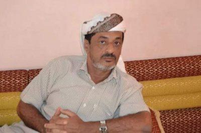 العميد عبدالناصر السعيدي  يعزي بوفاة شيخ مكتب كلد يافع الشيخ على زيد العطوي