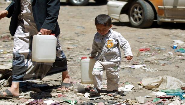 مظاهر الفقر في اليمن (محمد حويس/فرانس برس)